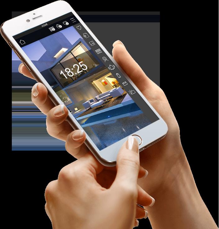 Persona che usa smartphone con app DOMIT